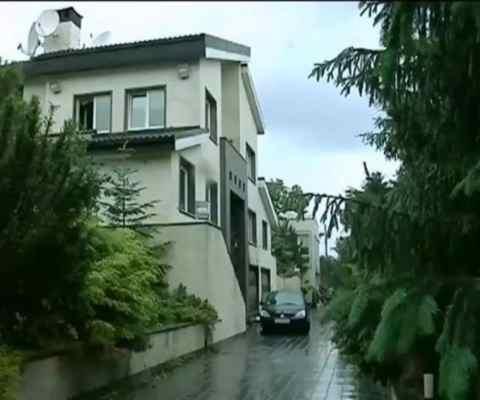 Турчиновым подписан закон, запрещающий отбор залогового жилья по валютным кредитам